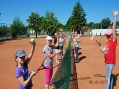 tenis szkoły